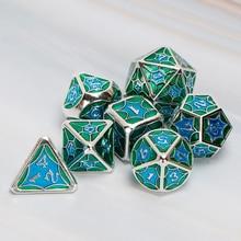 Dnd Würfel Set Polyhedral Kerker Und Drachen Metall RPG MTG D & D Sky Rolle Spielen Blau Lila Würfel Geschenk 7PCS D20 D12 D10 D8 D6 D4