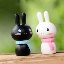 1Pcs Couple rabbit miniature figurines toys cute lovely Model Kids Toys 2.6cm PVC japanese anime children figure world(China)