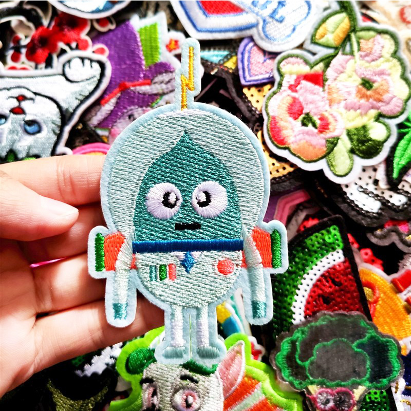 50PCs Mixed Iron On and Sew-On Patches For Clothing Embroidery Gift 2020 SALE