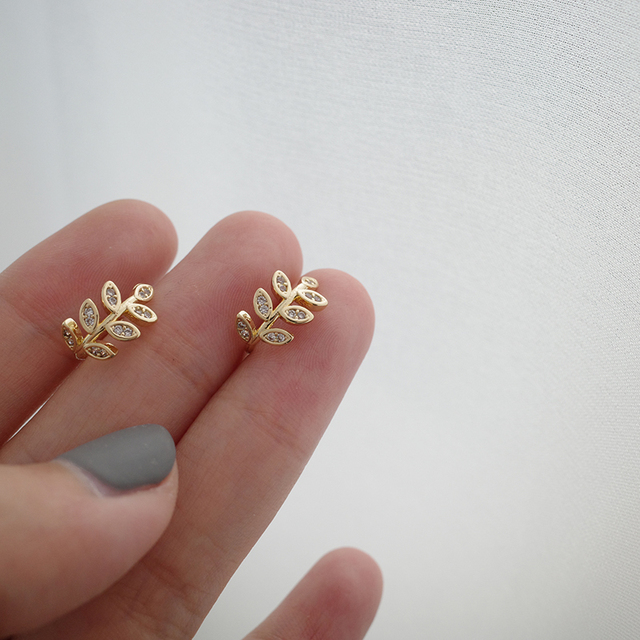 MENGJIQIAO 2020 New Delicate Zircon Cute Metal Leaf Ear Clips For Women Fashion No Piercing Fake Cartilage Ear Jewelry 1