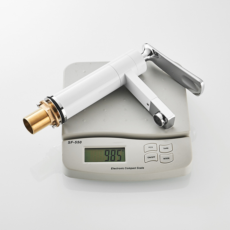 Купить с кэшбэком XUNSHINI Brass  Basin Faucet 360 Degree Rotation Bathroom Faucets Single Handle Basin Mixer Tap Deck Mounted Sink Faucet