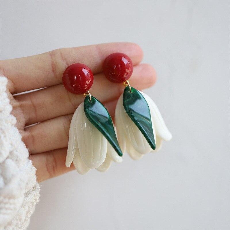 Linmouge новые элегантные белые цветочные Подвесные серьги для женщин контрастные цвета тюльпан темперамен креативные резиновые женские ювел...