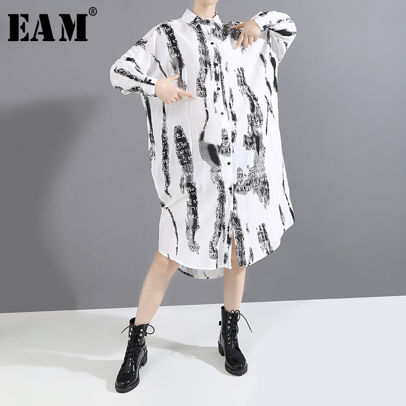 [EAM] Women Pattern Printed Split Big Size Shirt Dress New Lapel Long Sleeve Loose Fit Fashion Tide Spring Autumn 2020 1M813