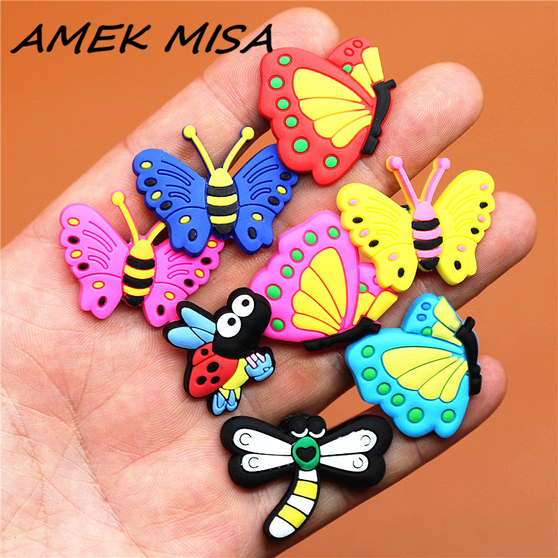 9pcs/Set PVC Cute Insect Shoe Charms Accessories Butterfly Shoe Buckle Decorations Shoe Ormaments Fit Croc JIBZ Party Kid's Gift