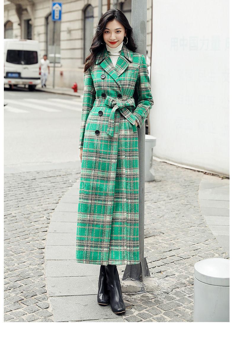 Женское длинное пальто с отложным воротником элегантное зеленое