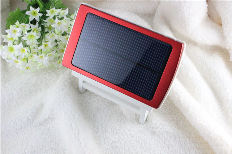 30000mAh Waterproof/Dustproof Solar Power Bank with Double USB Output and LED Flashlight 6