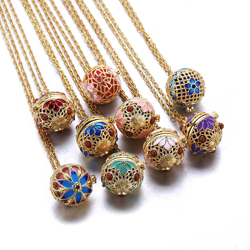 Luxury Golden Aromatherapy Necklaces wonderful oil painting open locket Aroma Diffuser Necklace Essential Oils perfume necklace