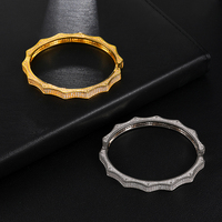 Men's Iced Out Personality Micro Paved Bling CZ Wave Bangle Bracelet For Men Women Hip Hop Jewelry