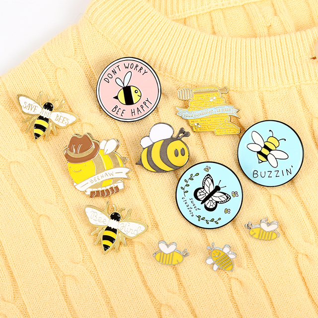 Custom Bee set homophonic Be Kind Save Bee Enamel Pin Brooche Bag Clothes Lapel Pin Pink Blue Round Badge Honey Bee Jewelry Gift