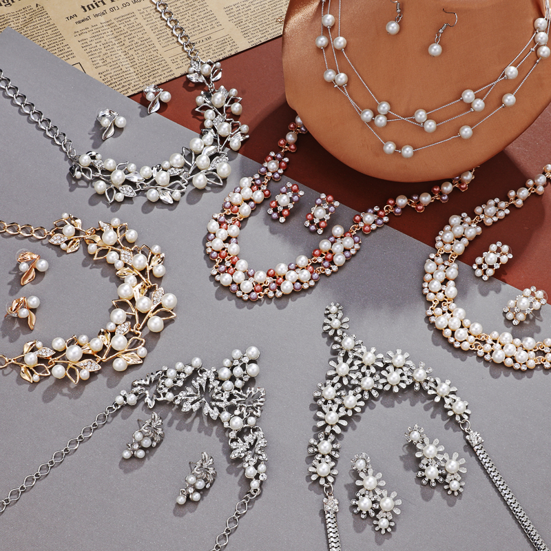 Fashion New Vintage Style Charms Garden Party Huge Statement Retro Necklace Hot