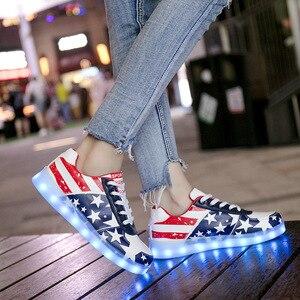 Image 5 - Детские светящиеся кроссовки для девочек и мальчиков, светодиодная Светильник светкой, на светящейся подошве, размеры 30 44