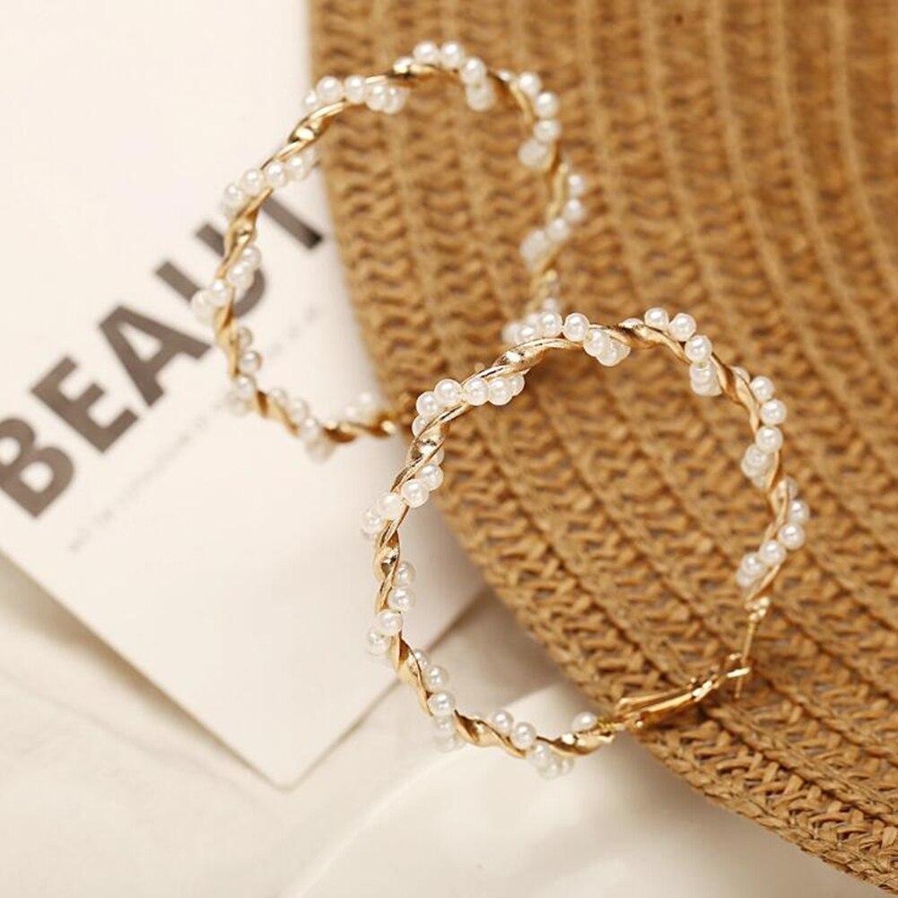 Oversize Pearl Hoop Earrings 3