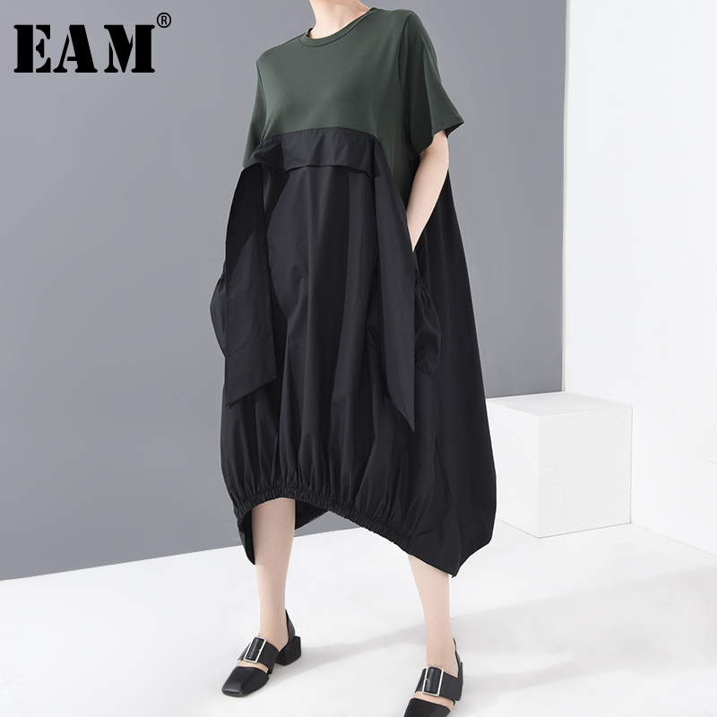 [EAM] Women Green Ribbon Split Big Size Dress New Round Neck Short Sleeve Loose Fit Fashion Tide Spring Summer 2020 1W06306