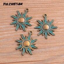 Abalorios del sol verde antiguo de 25x27mm, colgantes naturales hechos a mano, decoración Vintage para joyería DIY, 10 Uds.
