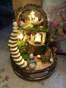 Image 5 - יער עץ Totoro DIY בובת בית עיצוב הבית בעבודת יד קריקטורה ערכת מיניאטורות בית הרכבת צעצועי בובות מתנת צעצוע