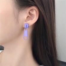 Engraçado roxo liga de metal forma zíper parafuso prisioneiro brinco para meninas femininas criativo colorido charme orelha jóias