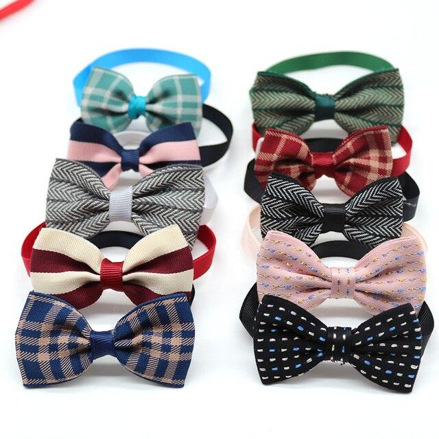 50PCS 애완 동물 고양이 개 나비 넥타이 겨울 애완 동물 용품 개 액세서리 작은 개 Bowtie 칼라 격자 무늬 스타일 작은 개 미용 제품