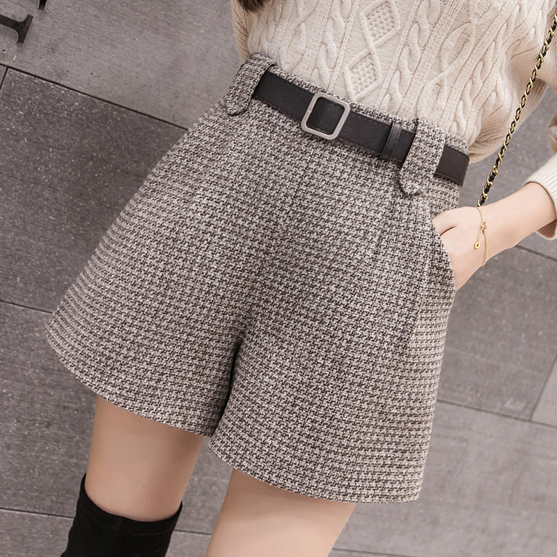 Wool Blend Autumn Winter Shorts Women Elegant Belt Plaid Loose Shorts Female Korean High Waist Shorts 2019 New Arrival