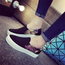 Women Flat Shoes Platform Canvas Print Autumn Loafers Ladies Flower Elastic Band Moccasin Fashion Shoes Female Casual Comfort стоимость