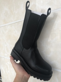 2019 nowych kobiet buty dorywczo mody zimowe buty ocieplane wysokiej jakości buty na wysokim obcasie wygodne buty do podnoszenia Женские сапоги tanie i dobre opinie BONJEAN Połowy łydki Okrągły nosek Zima RUBBER Faux Futra Med (3 cm-5 cm) Lace-up Stałe Dla dorosłych Pasuje prawda na wymiar weź swój normalny rozmiar