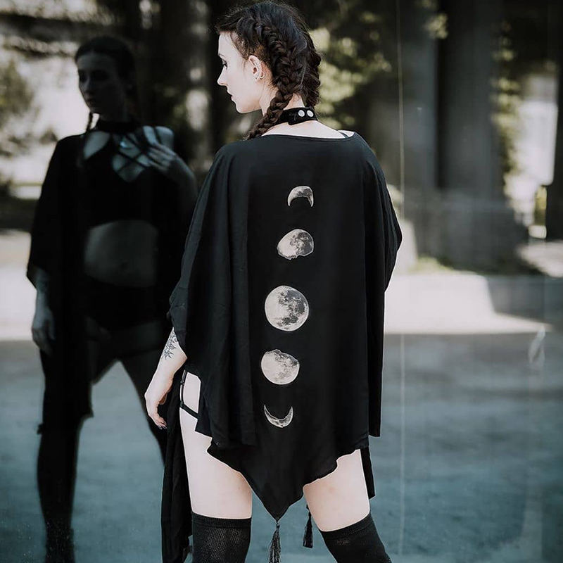 Gothic Black Vintage Moon Print Capes Coat Goth Loose Women Batwing Shawl 2019 Autumn Dark Long Sleeve Cape Outerwear
