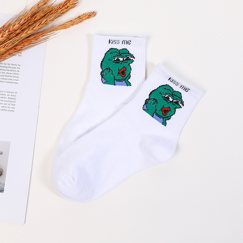 Moda Casual Calcetines De Frog Monster Lindo Elegante Hermosa Historieta Harajuku Algodon  Damas Funny  Crazy Socks Cheap Cute