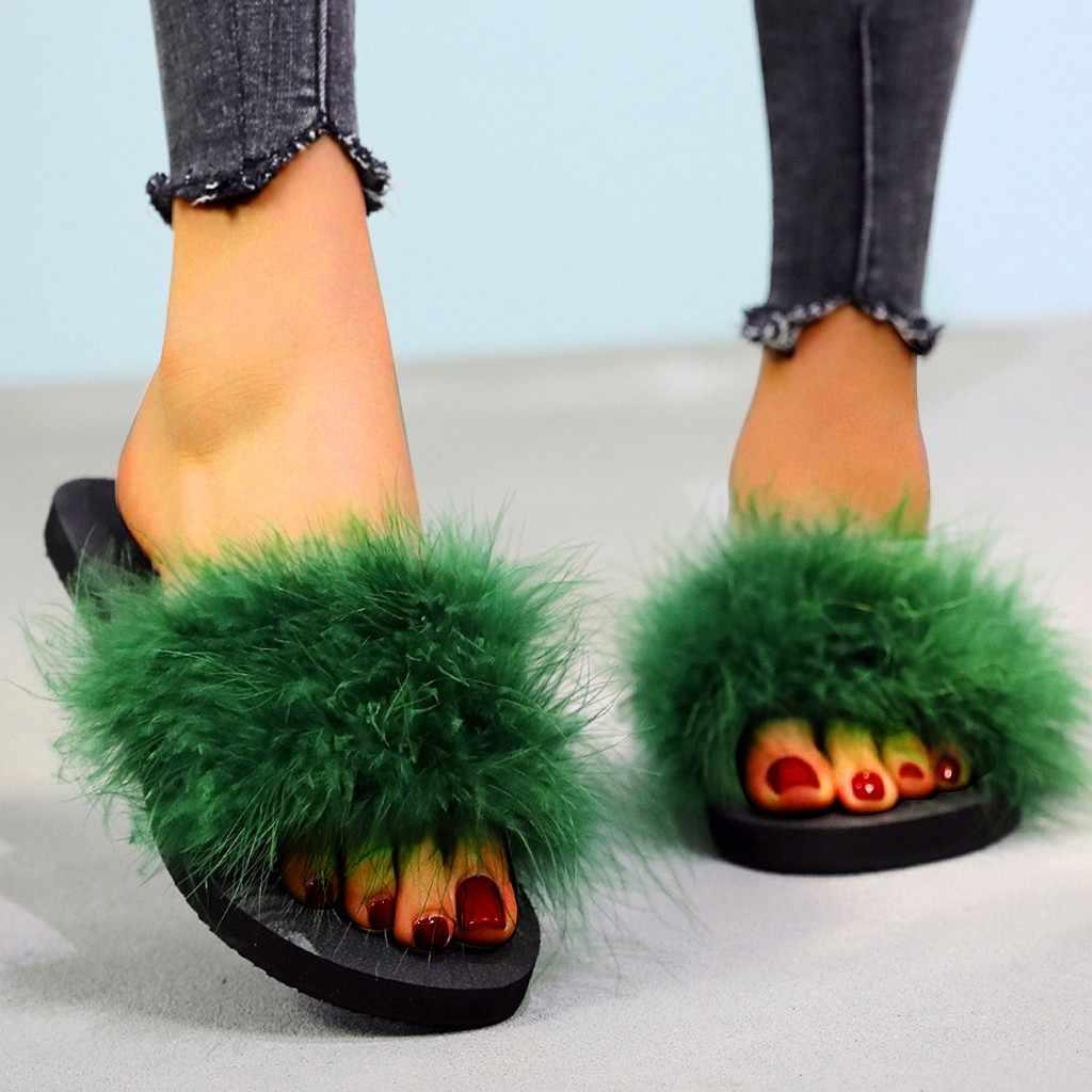 Moda plaj alçak topuk kadın Slip-on açık ağızlı düz renkli terlik ayakkabı taklit kürk daireler üzerinde kayma kadın slaytlar rahat yumuşak ayakkabı