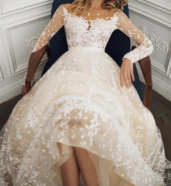 Scoop Scatted Lace Long Sleeves Champagne Wedding Dress Open Back Tulle Applique Fashion Bridal Dress vestidos noiva 4