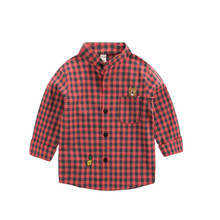 Детская рубашка в клетку с длинными рукавами на весну и осень для мальчиков новая стильная рубашка в полоску для малышей модные топы в Корейском стиле для девочек