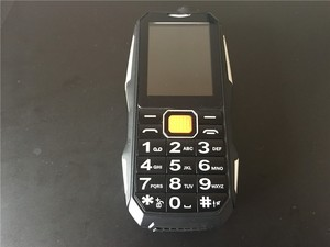 Image 3 - 2018 חדש S9 כוח בנק טלפון עמיד הלם רמקול חזק פנס Bluetooth מצלמה MP3 FM Dual SIM 2.4 אינץ טלפון סלולרי