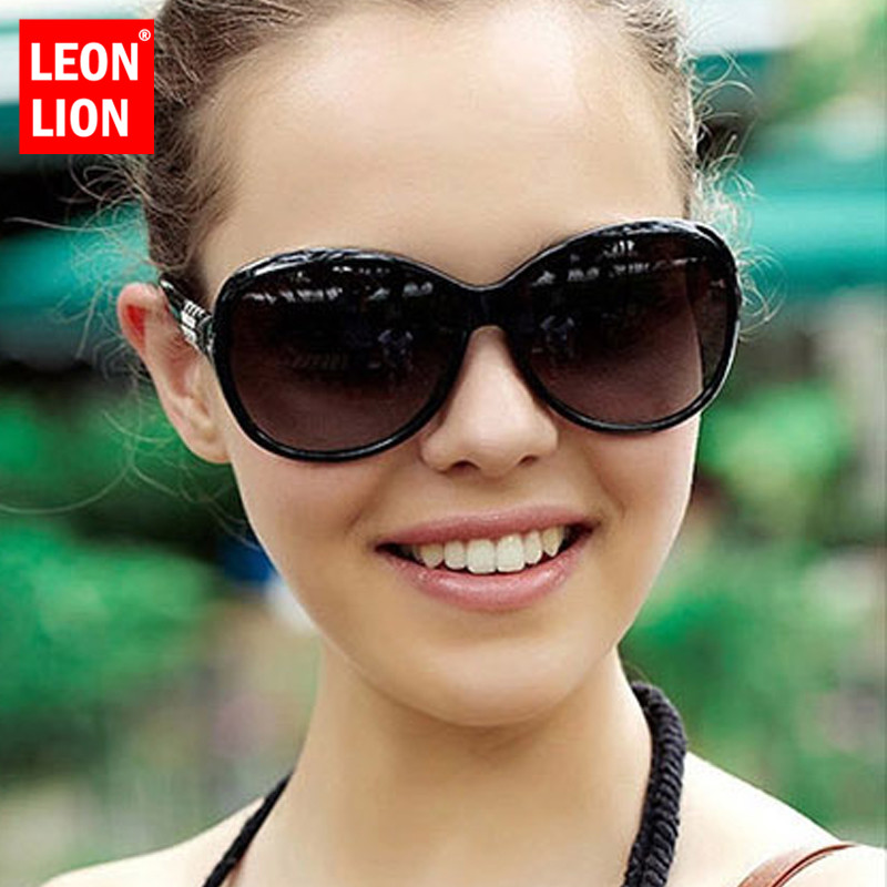 LeonLion 2019 Classic Oversized Sunglasses Women Brand Designer Ladies Sun Glasses Driving Vintage UV400 Glasses Feminino