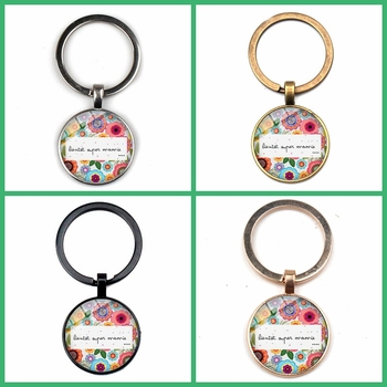 NEW Super Mamie Pendant Keychain Funny Letters Quote Cartoon Print Crystal Glass Bevel Key Ring Grandmother Family Gift Souvenir image