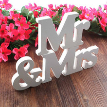 Wooden Mr Mrs Wedding Decoration DIY White Letter Romantic Mariage Table Decor For Reception Take Photo Mr&Mrs Party Supplies
