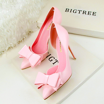 Bow Pointed Toe Pumps  2
