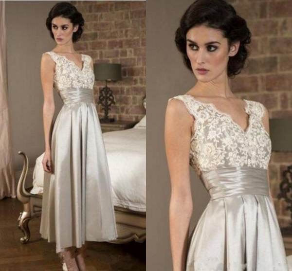 2020 Silver Elegant Mother Of The Bride Dress Cheap Sleeveless Lace V Neck Satin Evening Gown A Line Tea Length Prom Party Wear