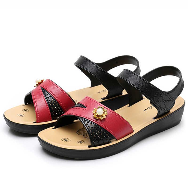 Nữ Đế Bằng Xăng Đan Da Cổ Điển Móc Vòng Giày Người Phụ Nữ Không Trượt Đế Mềm Thoải Mái Giày Sandal Nữ Mùa Hè Mẹ Giày
