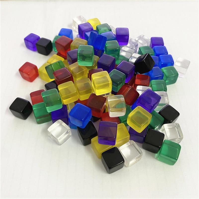Juego de 50 unidades de bloques de cristal de 10mm, cubos de cristal transparentes de colores, pieza de ajedrez de dados D6 en blanco con tamiz de ángulo recto para juegos de mesa de rompecabezas