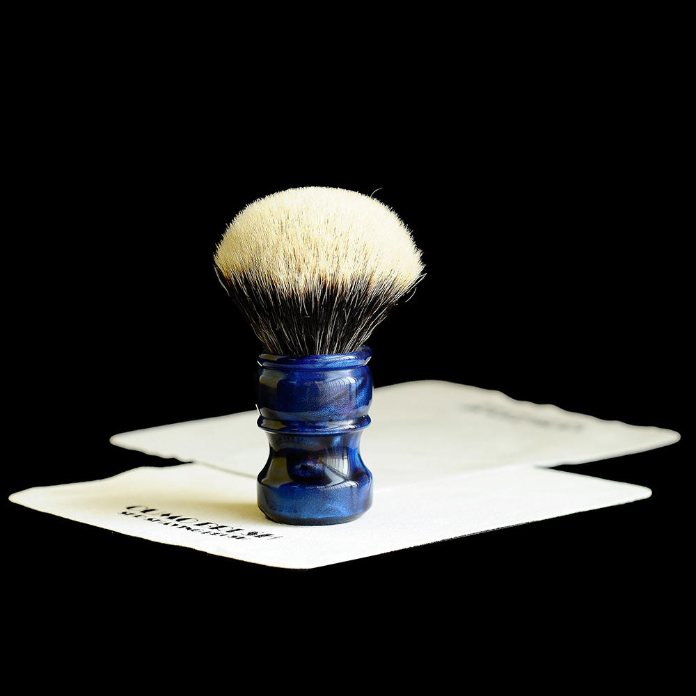OUMO BRUSH- Ambilight Chubby With  SHD Manchuria Badger Knots Shaving Brush Gel City