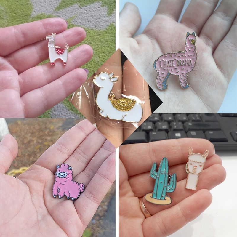 Sevimli Kawaii alpaka koyun Llama pimleri karikatür hayvan broş Metal rozetleri ceketler yaka Pin takı koleksiyonu hediye çocuk kızlar için