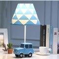 Современный Art Deco Автомобиля настольная лампа творческий смолы светодиодный рабочий свет в простом стиле для гостиной  спальни  прикроватн...