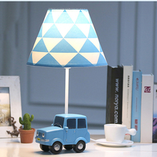 цена Modern art deco car table lamp creative Resin LED desk light for living room bedroom bedside lamp study room indoor light e27 онлайн в 2017 году