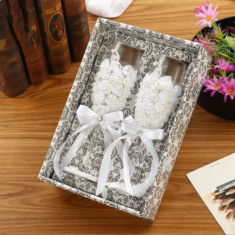 2Pcs Set Wedding Glass Fashion Toasting Wedding Glasses Crystal Champagne Flutes For Bride And Groom Drinking Wine Glass For Lov