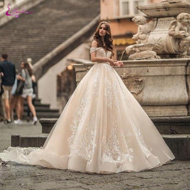 فساتين زفاف من Waulizane مصنوعة حسب الطلب على الكتف مع دانتيل رائع