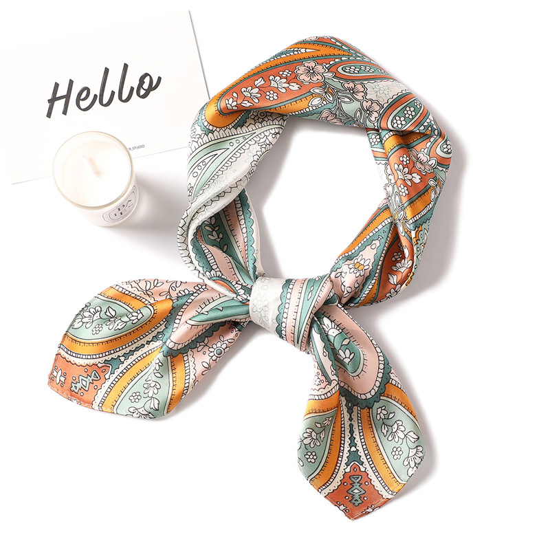 Fashion Paisley Print Silk Satin Hair Scarf For Women Small Kerchief Bandana Head Bag Scarfs 70*70cm Cute Neck Scarves For Lady