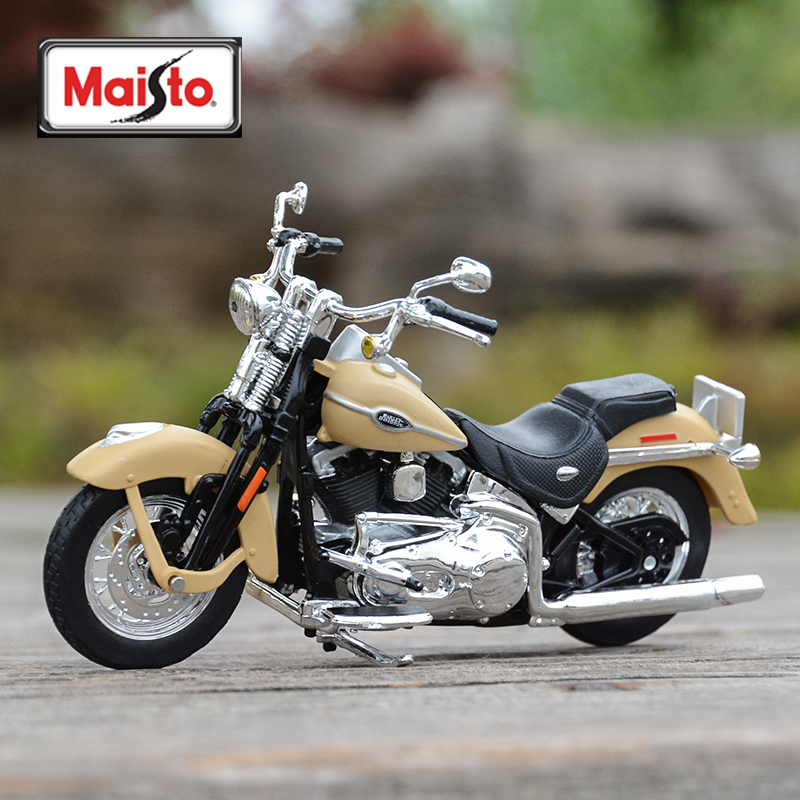 Maisto 1:18 2005 FLHTCUI Ultra Classic Electra Glide Diecast Alloy Motorcycle Model Toy