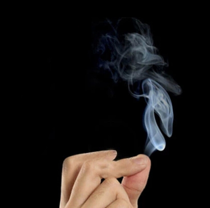 Magic Smoke From Finger Tips Magic Trick Surprise Prank Joke Mystical Fun Party Supply