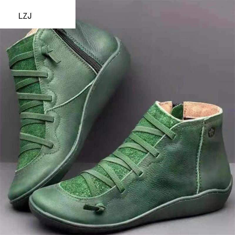 Lzj 2019 botas de neve de inverno feminino couro do plutônio tornozelo sapatos planos mulher curta botas marrons com pele para mulher lado zíper botas 35-43