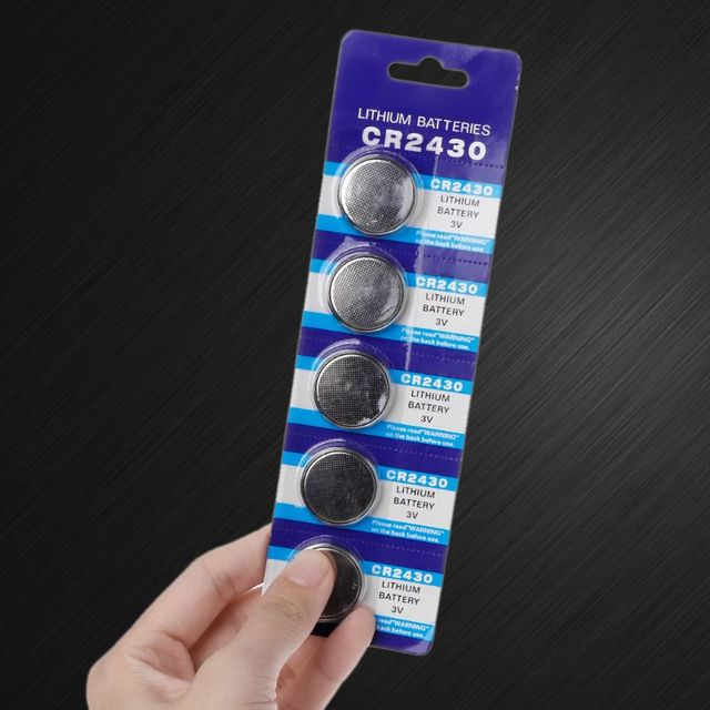 25PCS Taste Batterie CR2430 3V Elektronische Lithium knopfzelle Batterien DL2430 BR2430 ECR2430 KL2430 EE6229 Uhr Spielzeug Kopfhörer