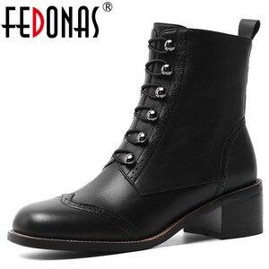 Image 1 - FEDONAS kadınlar klasik kare ayak yarım çizmeler kış sıcak hakiki deri Brogue çizmeler parti rahat ayakkabılar kadın yeni yüksek topuklu