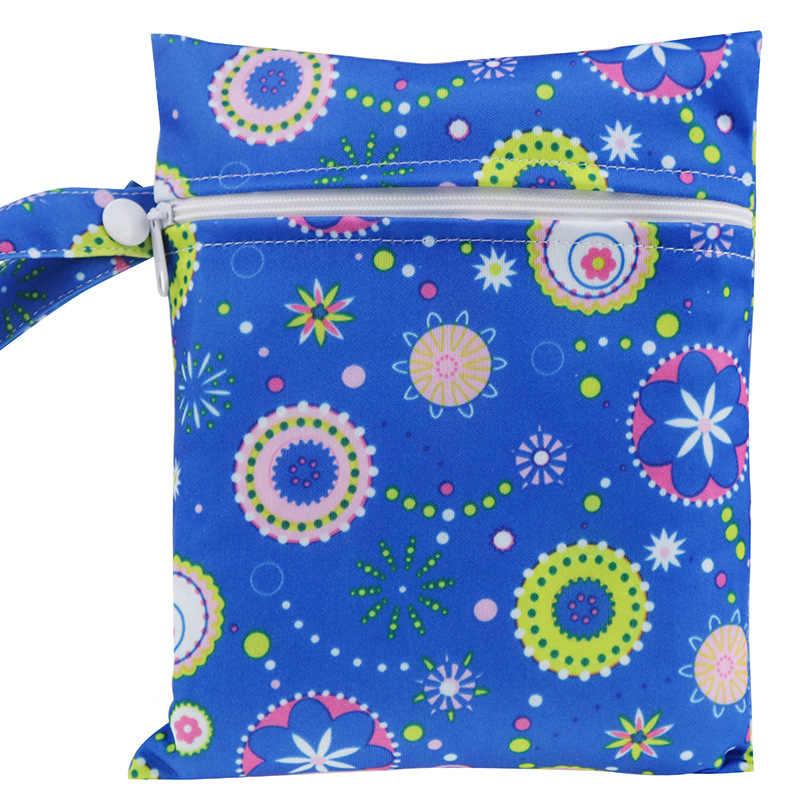 Bolsas húmedas reutilizables impermeables con bolsillo impreso para pañales bolsas de viaje húmedas secas bolsas tamaño Mini 15x20cm bolsa de pañales